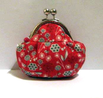 Flower on red frame pouch - frame purse